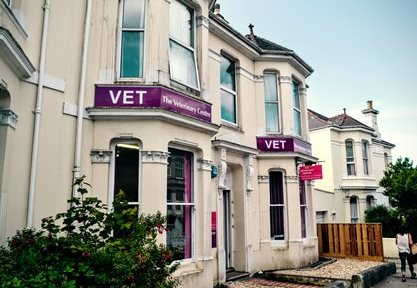 Plymouth Veterinary Group, Lipson