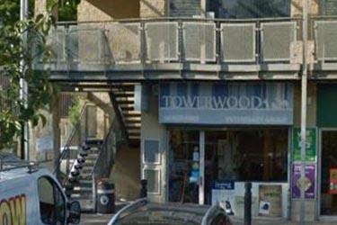 Towerwood Vets, Greengates